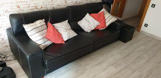 Sofá de piel flor en negro