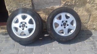 2 ruedas de coche