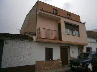 Casa adosada en venta en Oliva de Mérida