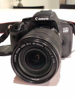 camara de fotos Canon 650 D dslr