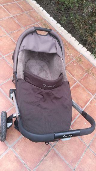 carro bebe quinny