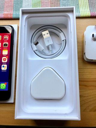 iPhone 7 - Black 32 GB - Perfect condition