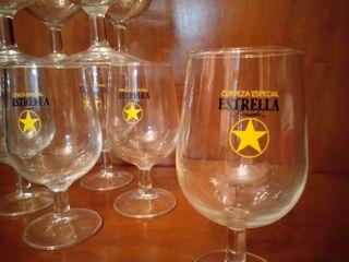 Antigua Estrella Dorada Damm. Copas cerveza