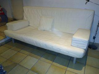Sofá-cama Ikea