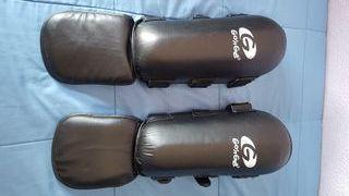 espinilleras boxing