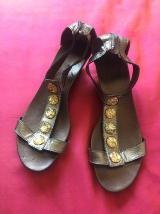 Sandalias muy comodas.talla 38