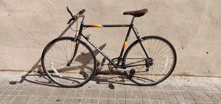 Bicicleta de carretera Peugeot Tourmalet modificad