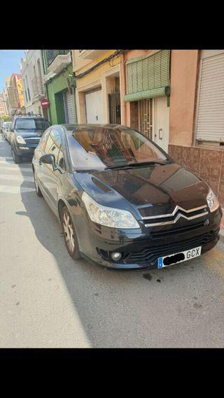 Coche Citroën C4 AVERIADO