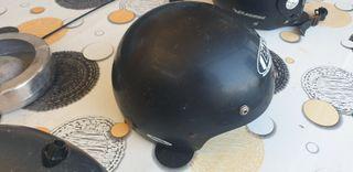 cascos de moto cada uno 5 euros