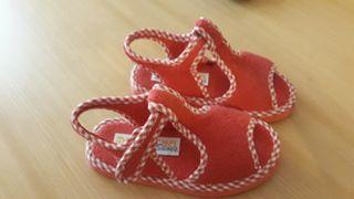 Zapatillas num 26 . poco uso.