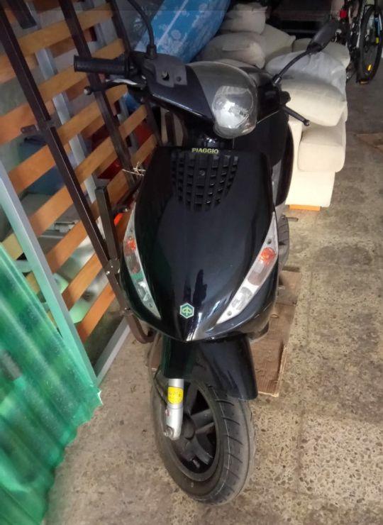 moto Piaggio Zip 2t