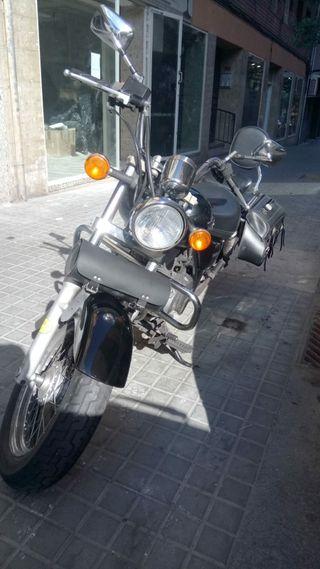 moto Suzuki marauder