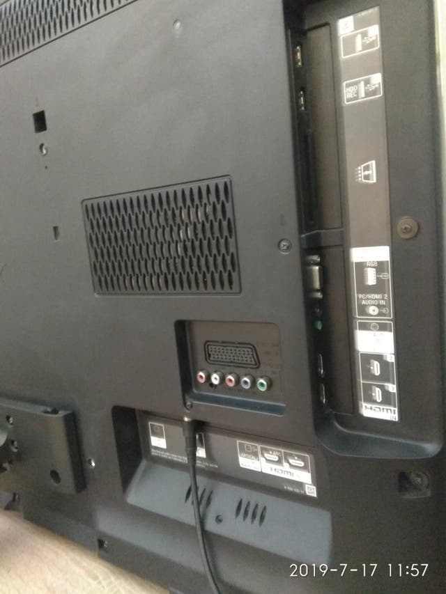 "Tv Sony 40"" KDL40HX750"