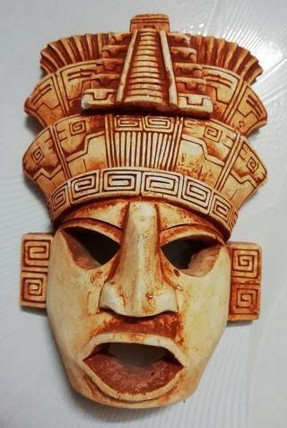 Calendario y Máscara Aztecas