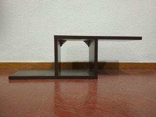 Mueble de recibidor o estantería