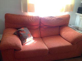 Sillón dos plazas y sillón reclinable naranja