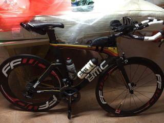 Bicicleta de triatlón BMC TIMEMACHINE TM02