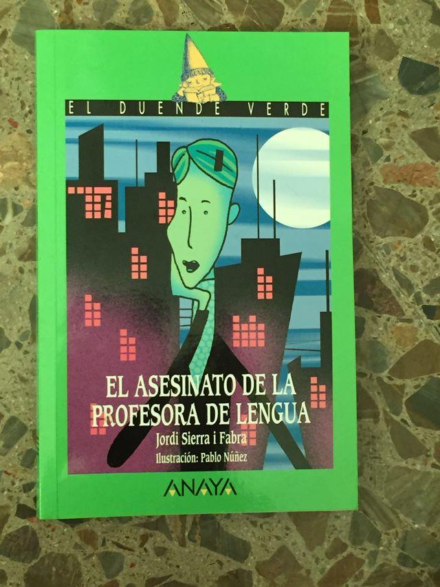Libro el asesinato de la profesora de lengua