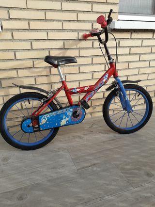 Bicicleta niño con ruedines