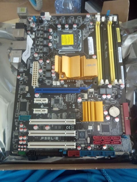 PLACA BASE ASUS P5QL-E SOCKET 775