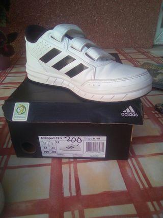 zapatillas Adidas t. 33