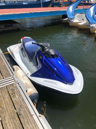 Moto de agua Honda Aquatrax