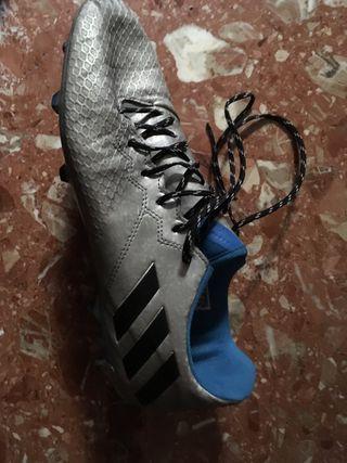 Fútbol botas Messi 16.1