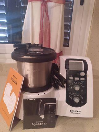 Vendo Robot Cocina Taurus Muy Cook. A estrenar.