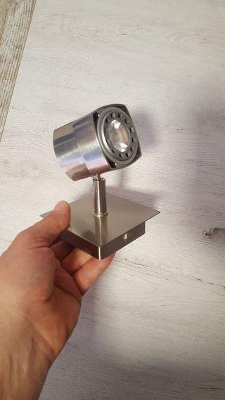 aplique lampara led orientable. paredes i techos