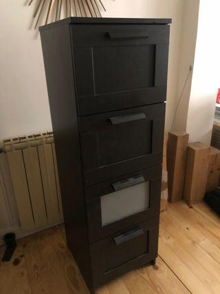 Mueble marrón IKEA