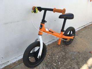 Bicicleta con frenó