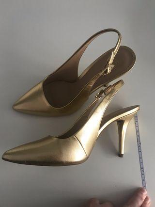 dffc1728f63 Zapatos de tacón dorados de segunda mano en la provincia de Vizcaya ...
