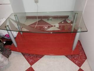 se vende mesa y mueble