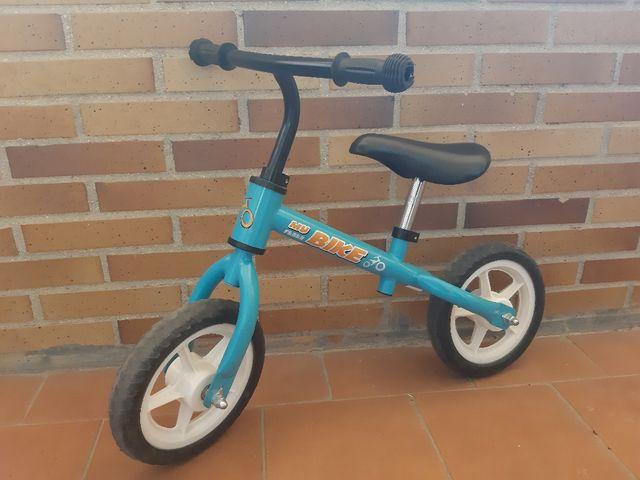bicileta sin pedales feber