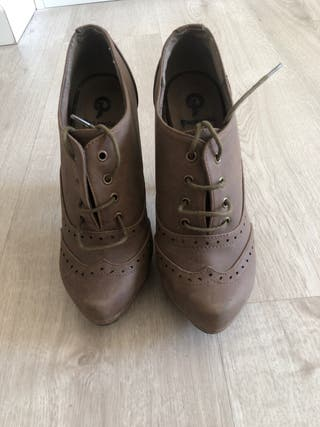 Zapatos tacón marrones 37 nuevos
