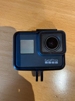 GoPro Hero 7 Black con 2 baterías oficiales