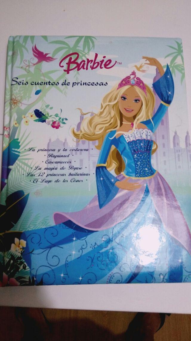 libro Barbie seis cuentos de princesas