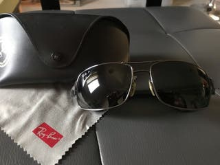 5462faf280 Gafas Ray Ban polarizadas de segunda mano en Madrid en WALLAPOP