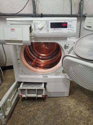 Secadora AEG 7kg Condensación