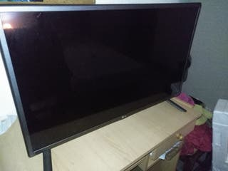 "TV, Smart TV LG 32"""