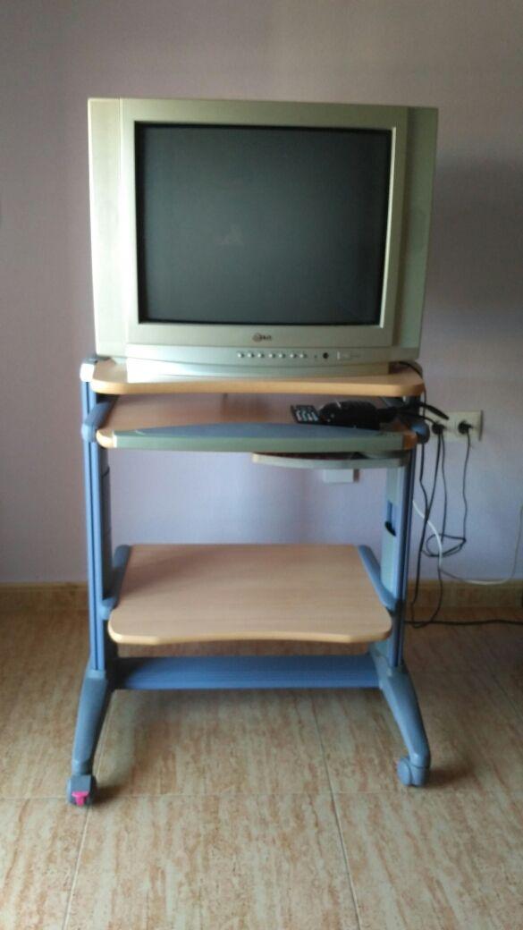 Tv tdt mueble de segunda mano por 25 en cartagena en - Muebles de cocina en cartagena ...