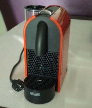 cafetera Nespresso automática