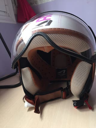Casco de moto astone