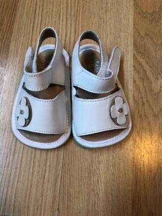 Sandalias bebé niña talla 16