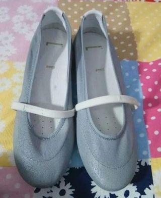 Zapatos Pirelli totalmente nuevos - Talla 38
