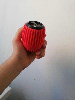 Mini alatavoz con funda protectora