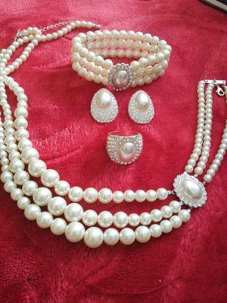 conjunto de joyas nuevo
