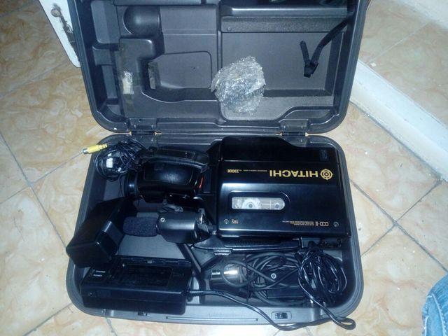 cámara de video antigua Hitachi vhs