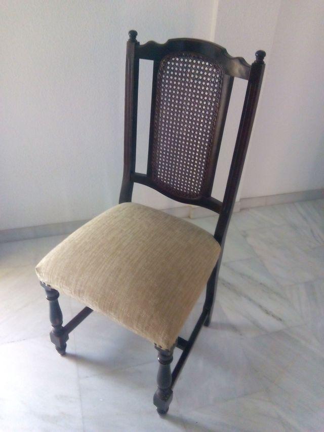 Lote 4 sillas salón