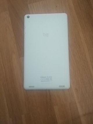 Tablet Bq Edison 3 mini + funda con teclado